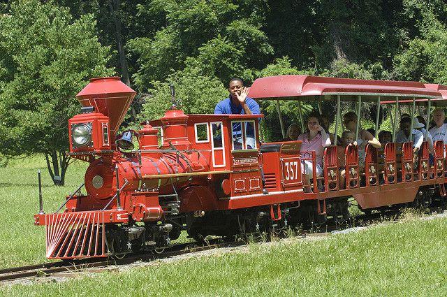 Wheaton Regional Park miniature train