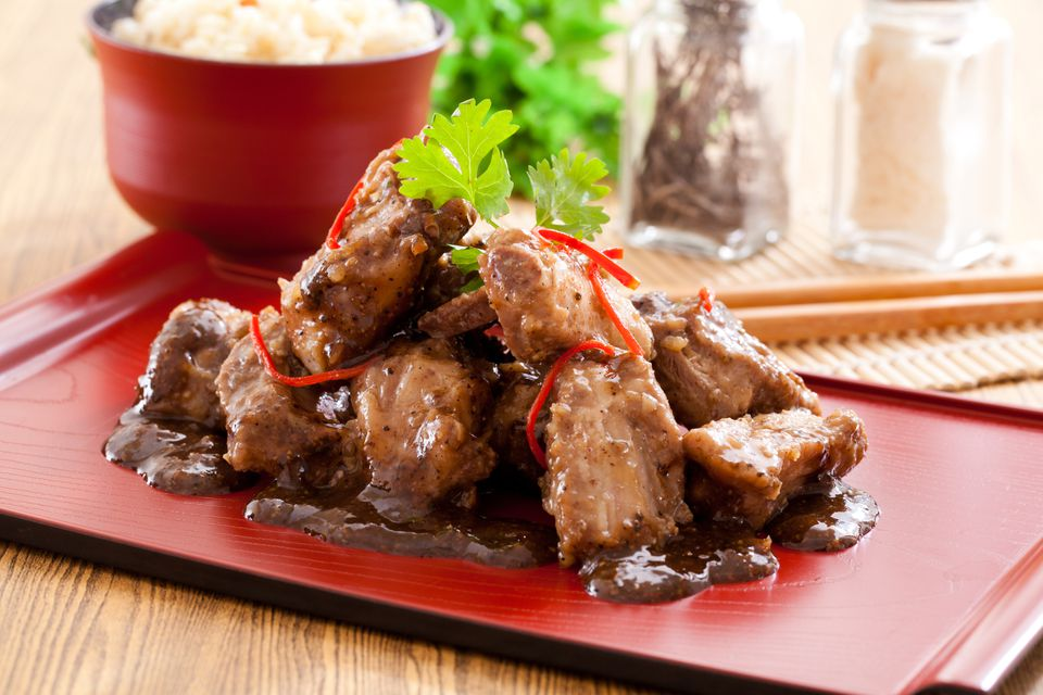 Spare ribs with black pepper