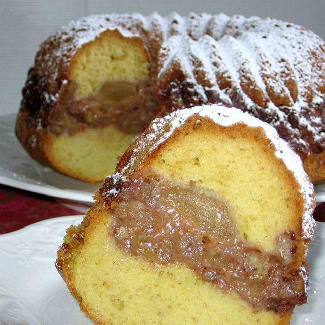 Tunnel of Apples Bundt Cake