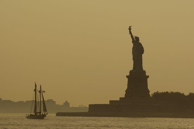 La Estatua de la Libertad es el símbolo de la emigración a Estados Unidos