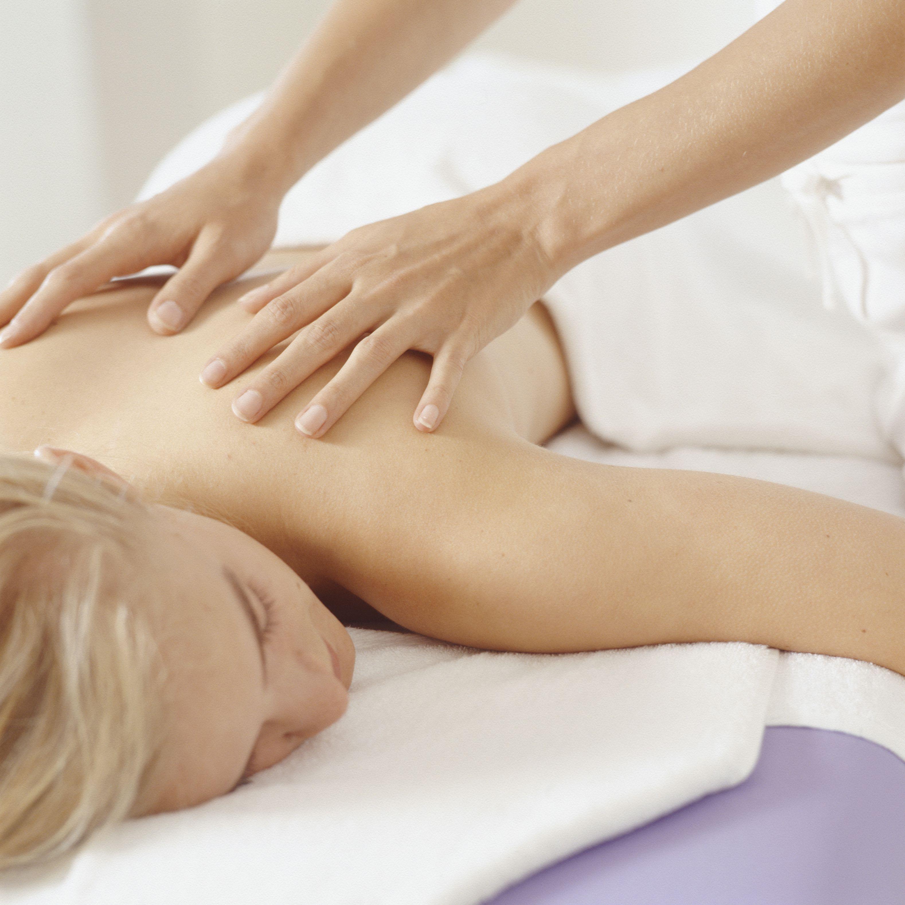 salon-akvatoriya-eroticheskiy-massazh