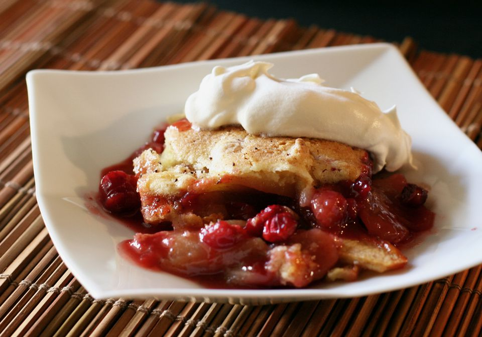 Apple Cranberry Cobbler Recipe with Cinnamon and Vanilla