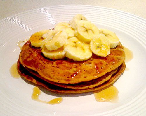 Vegan pancakes with bananas