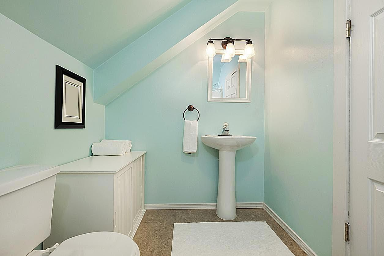 Storage in small bathroom - Small Bathroom Storage Tips And Tricks