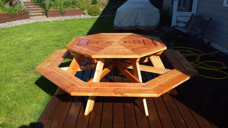 13 free picnic table plans in all shapes and sizes for How to build an octagon deck