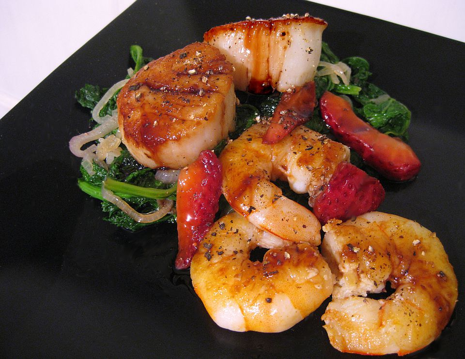 Seared Scallops & Shrimp with Balsamic Strawberries