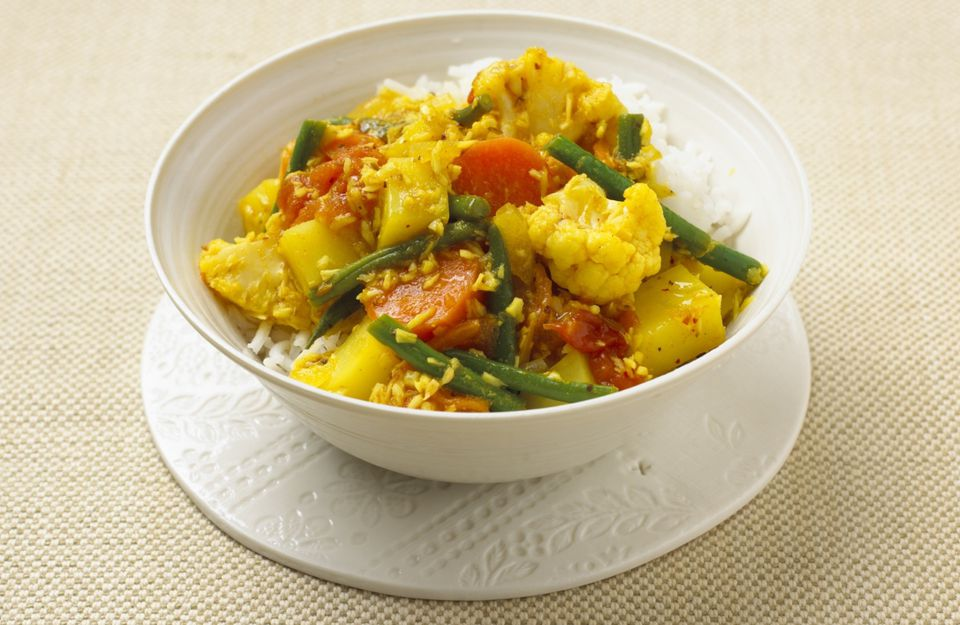 Indian coconut curried vegetables recipe vegan gluten free healthy veggies simmered in a simple coconut milk curry forumfinder Image collections