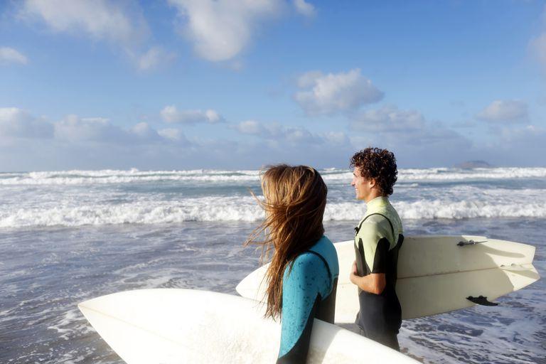 land breeze surfers