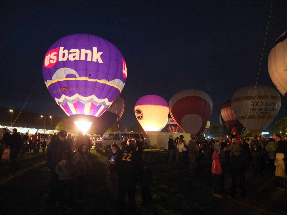 Balloons at Kentucky Derby Festival Balloon Glow