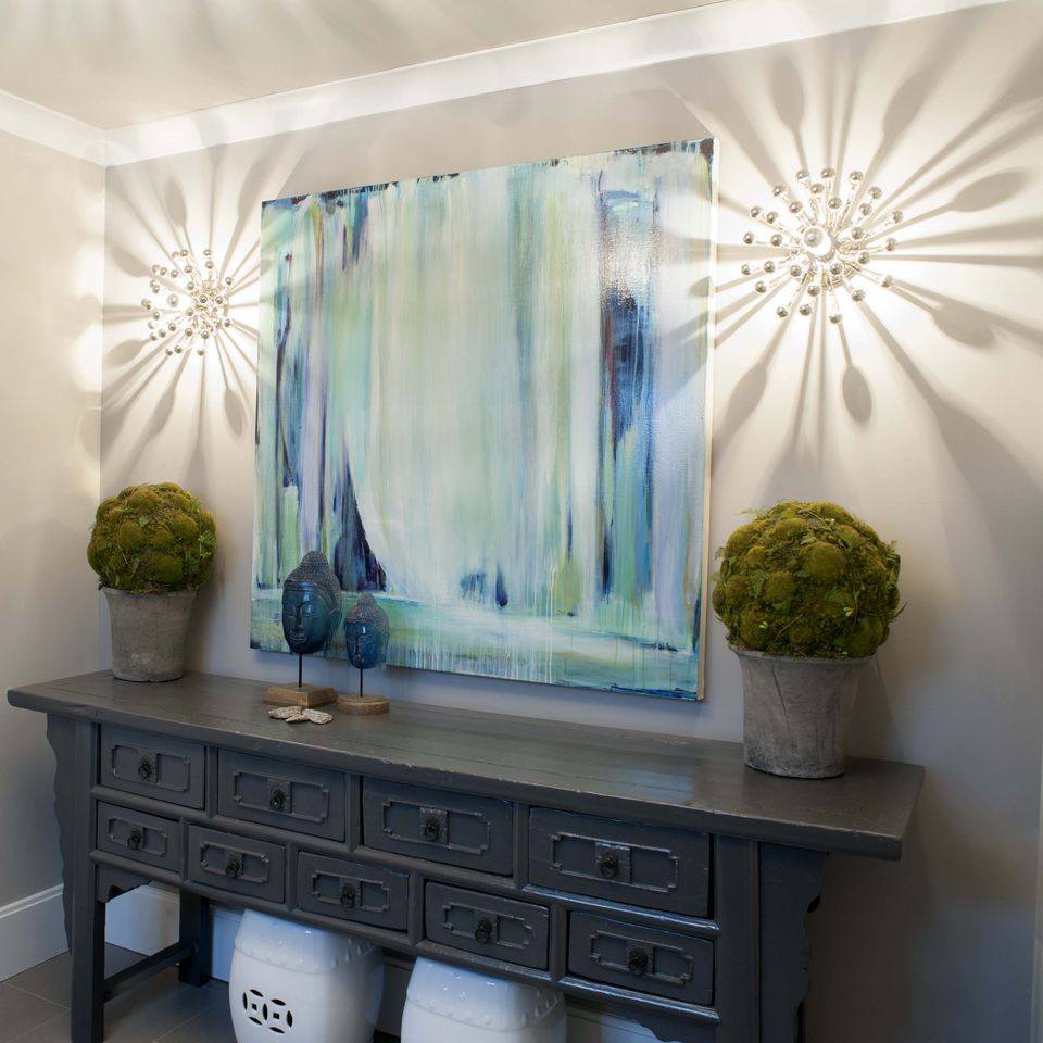 10 Chic Ways To Decorate Your Entryway Wall 2: Designer's Top Picks For Foyer Paint Color