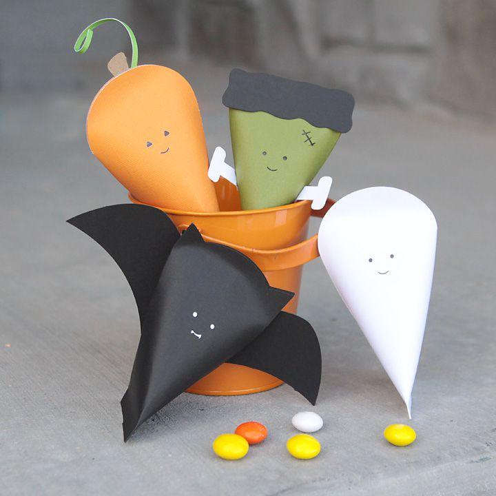 DIY Halloween Characters Treat Pouches