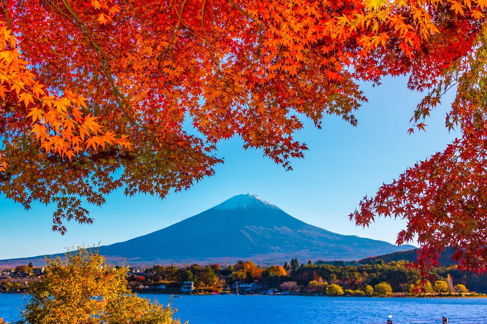 Mount Fuji: Asia in October