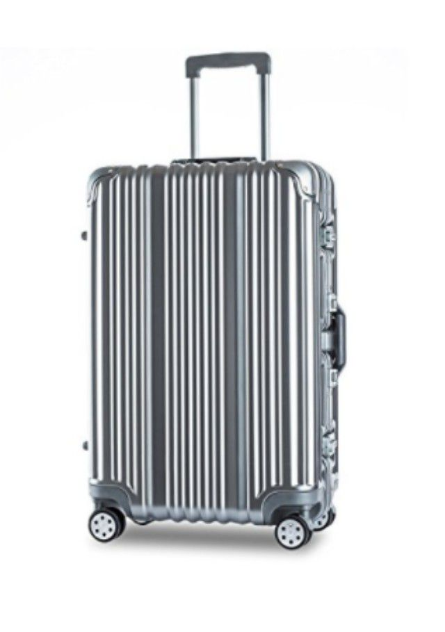 The 8 Best Checked Luggage Bags to Buy in 2017
