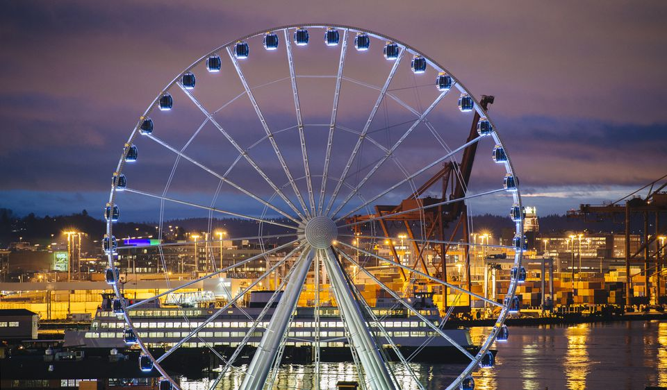 Seattle Great Wheel, Seattle, Washington, USA