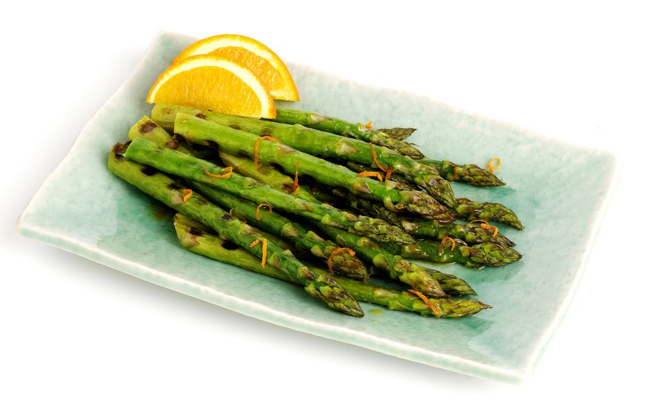 Grilled asparagus spears with orange zest