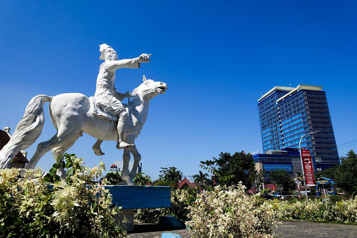 Top Things To Do And See Around Makassar Indonesia