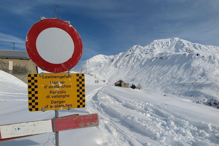 Oberalp Pass Road