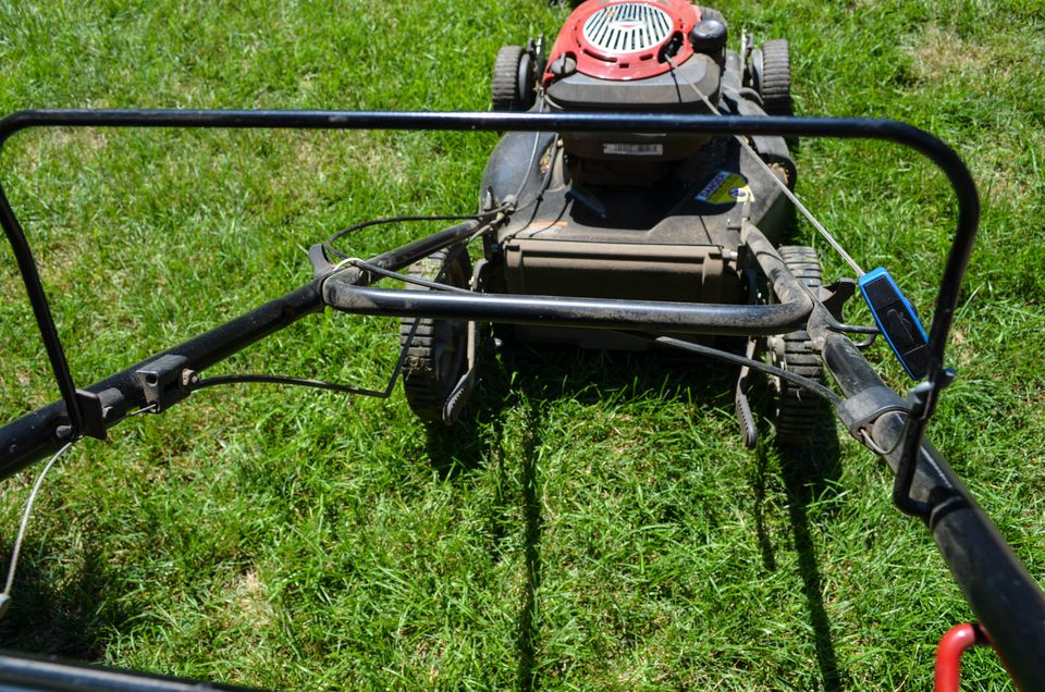 Lawn Mower Diagnostics : Here s how to troubleshoot a gas lawn mower