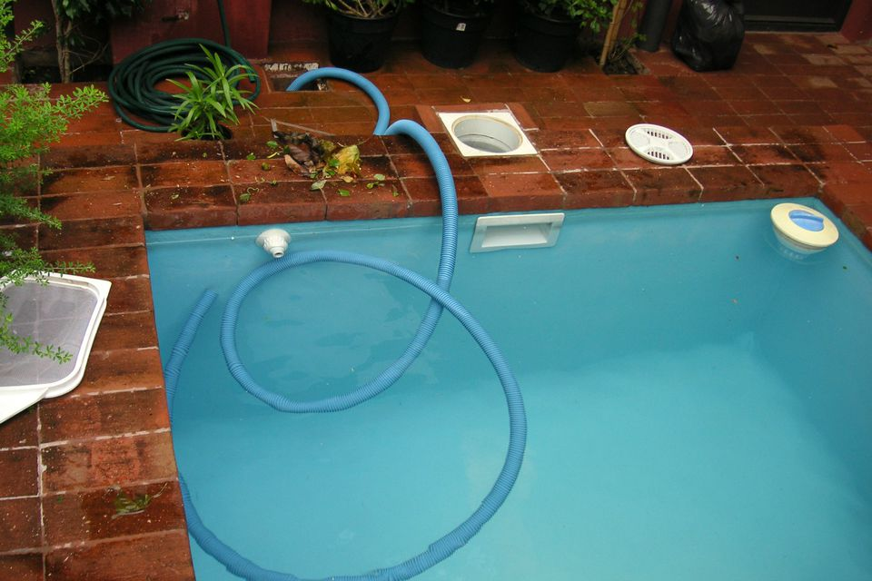 backwashing pool