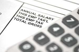 How to Calculate Payroll