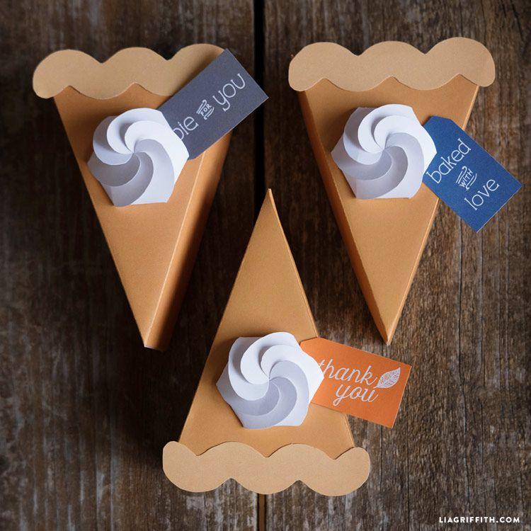 paper pumpkin pie boxes