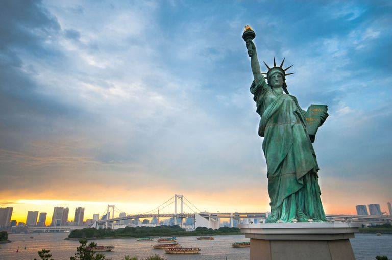 New York skyline and the Statue of Liberty