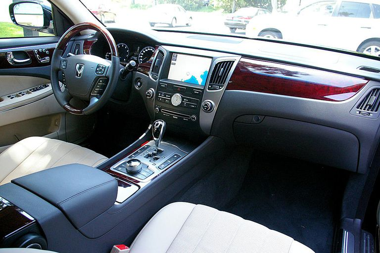 Hyundai Equus Photo Gallery
