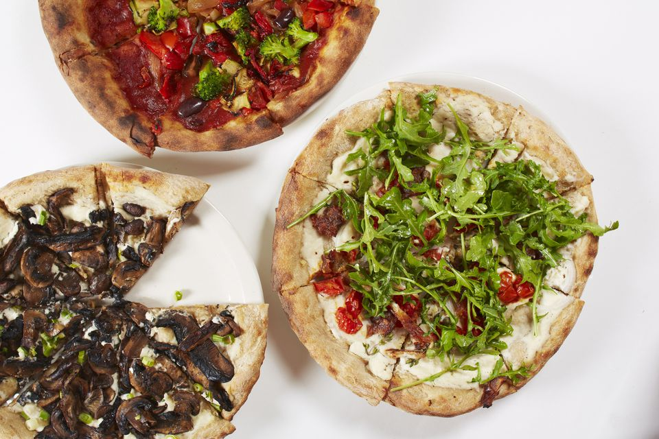 Raw vegan pizzas
