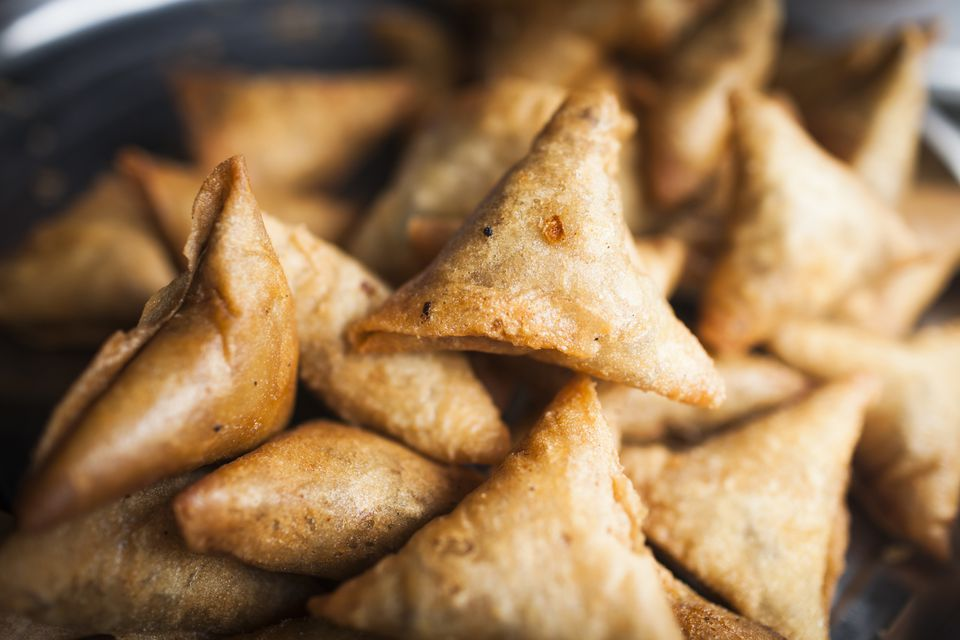 A simple recipe for vegetable samosas vegetable samosas recipe forumfinder Image collections