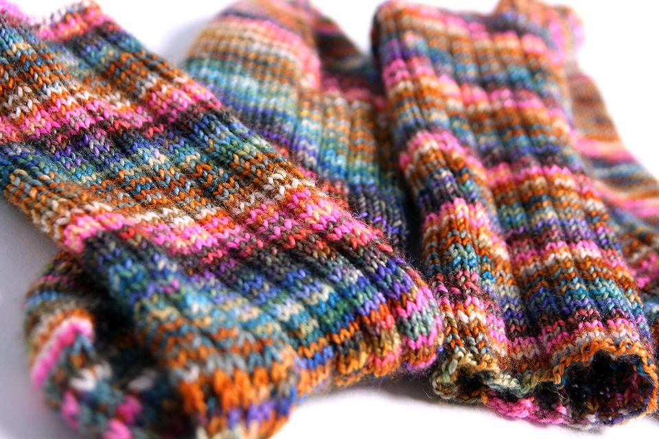 Knitting Ribbing With Two Colors : Knit ribbing characteristics and tips