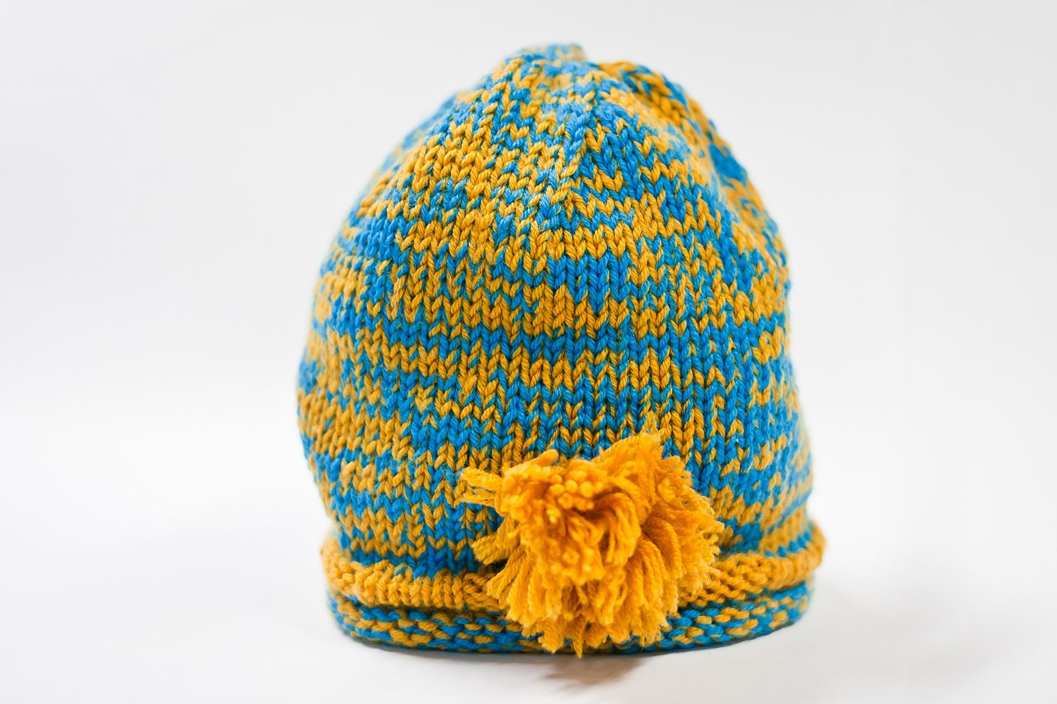 Choosing yarn for baby hats make a simple sweet potato baby hat with this free crochet pattern bankloansurffo Images