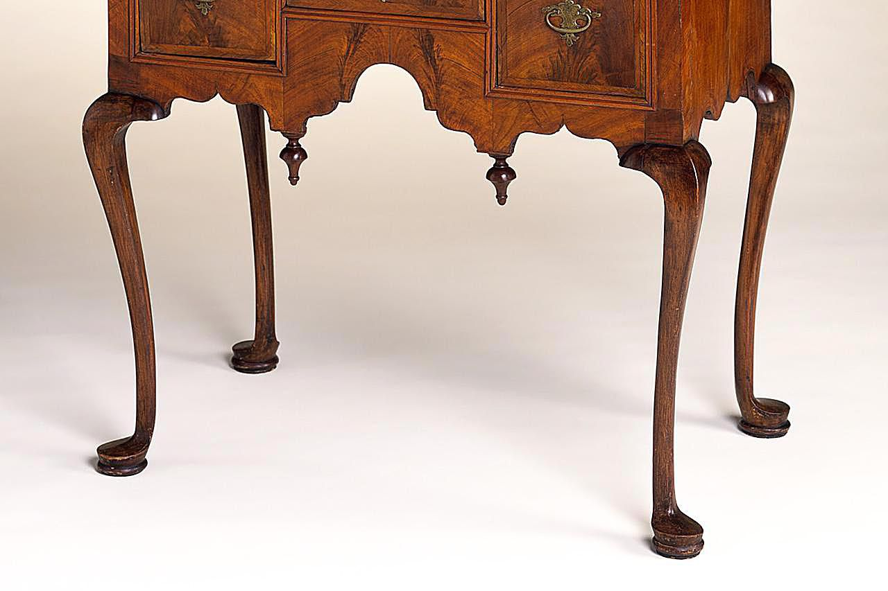 Antique furniture styles - Examples Of Antique Furniture Leg Styles