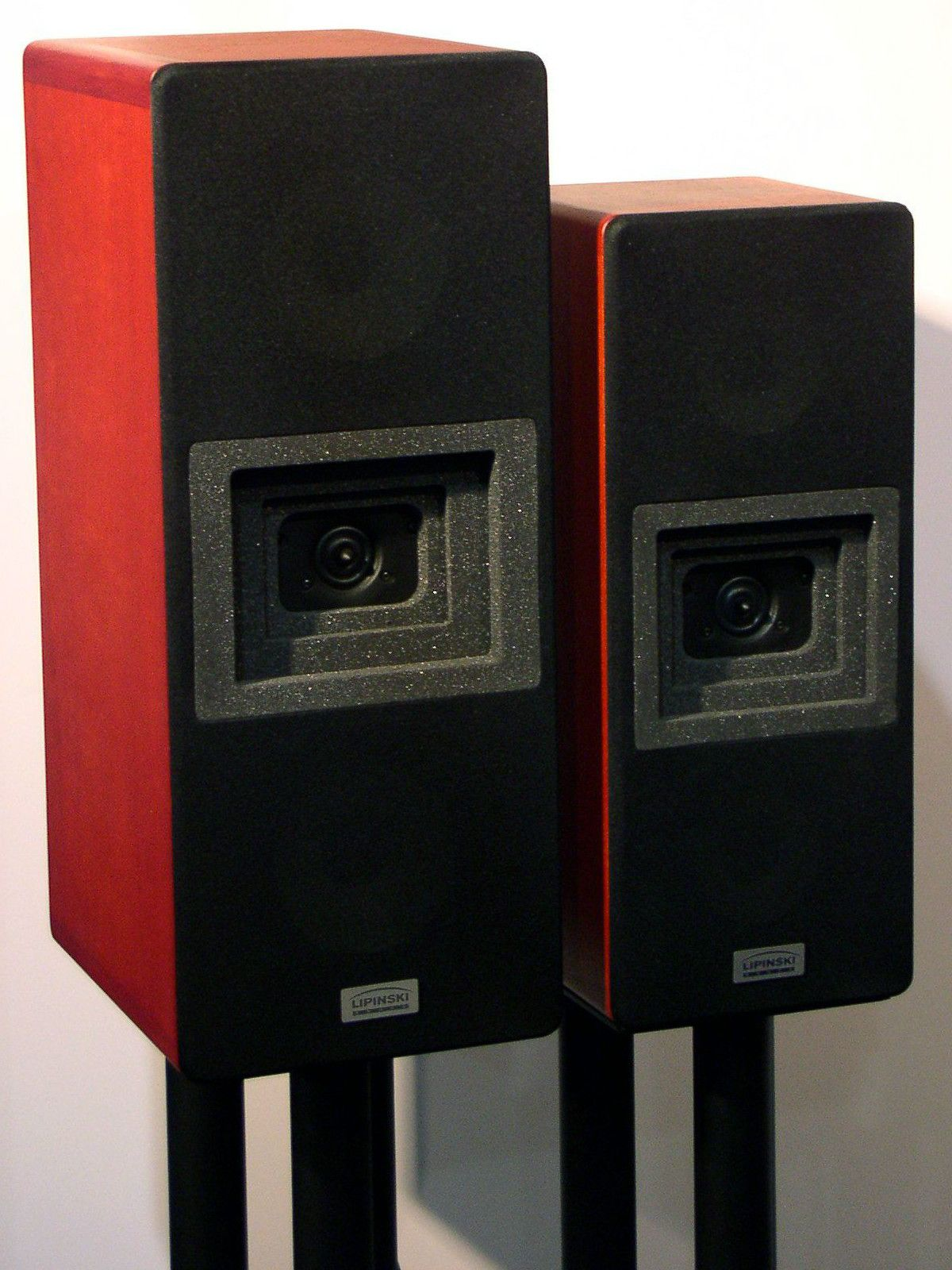 awesome computer speakers. lipinski speakers on stands awesome computer