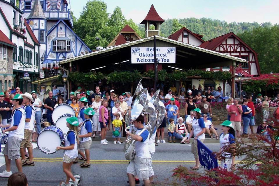 Helen, Georgia Oktoberfest Parade
