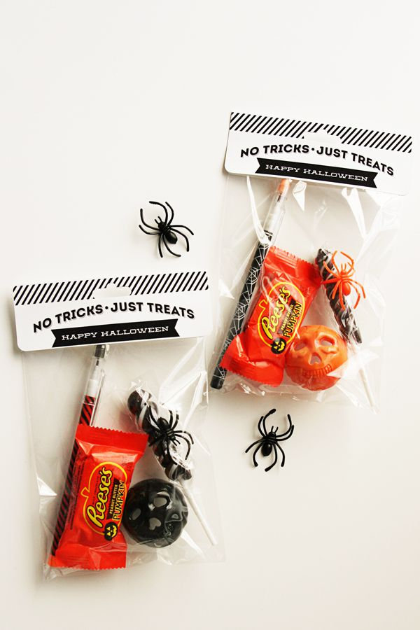 DIY No Tricks Just Treats Bag