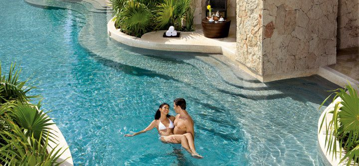 Adult-Only Resorts in the Riviera Maya
