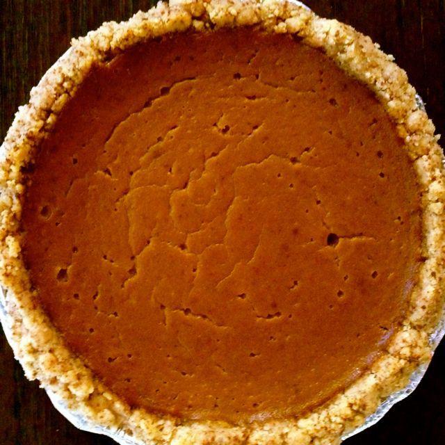 gluten-free almond pie crust