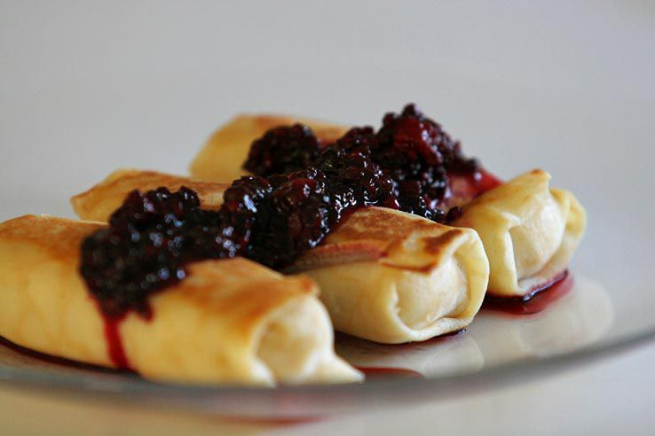 Cheese blintzes with berries