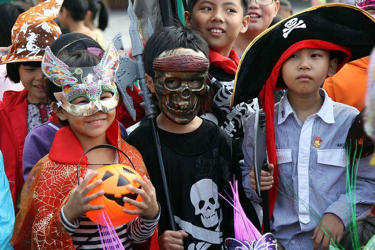 Chinese Celebrate Halloween