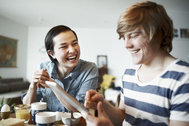 gay-men-flirting-at-breakfast.jpg