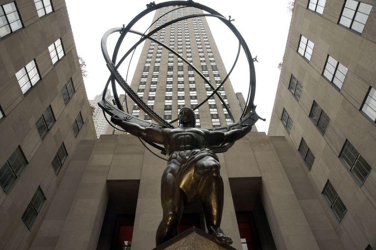 The Atlas Statue At Rockefeller Center