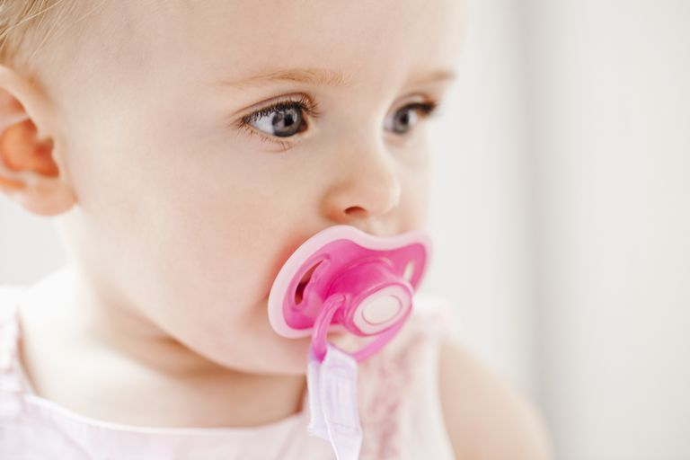 The Pros And Cons Of Pacifier Use In Breastfed Babies