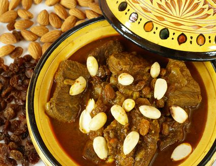 Moroccan black eyed peas cowpeas recipe ful gnaoua moroccan mrouzia recipe lamb tagine with raisins almonds and honey forumfinder Image collections