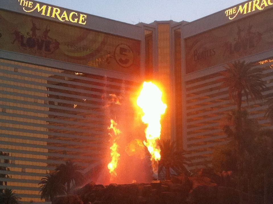 Las Vegas Mirage Volcano