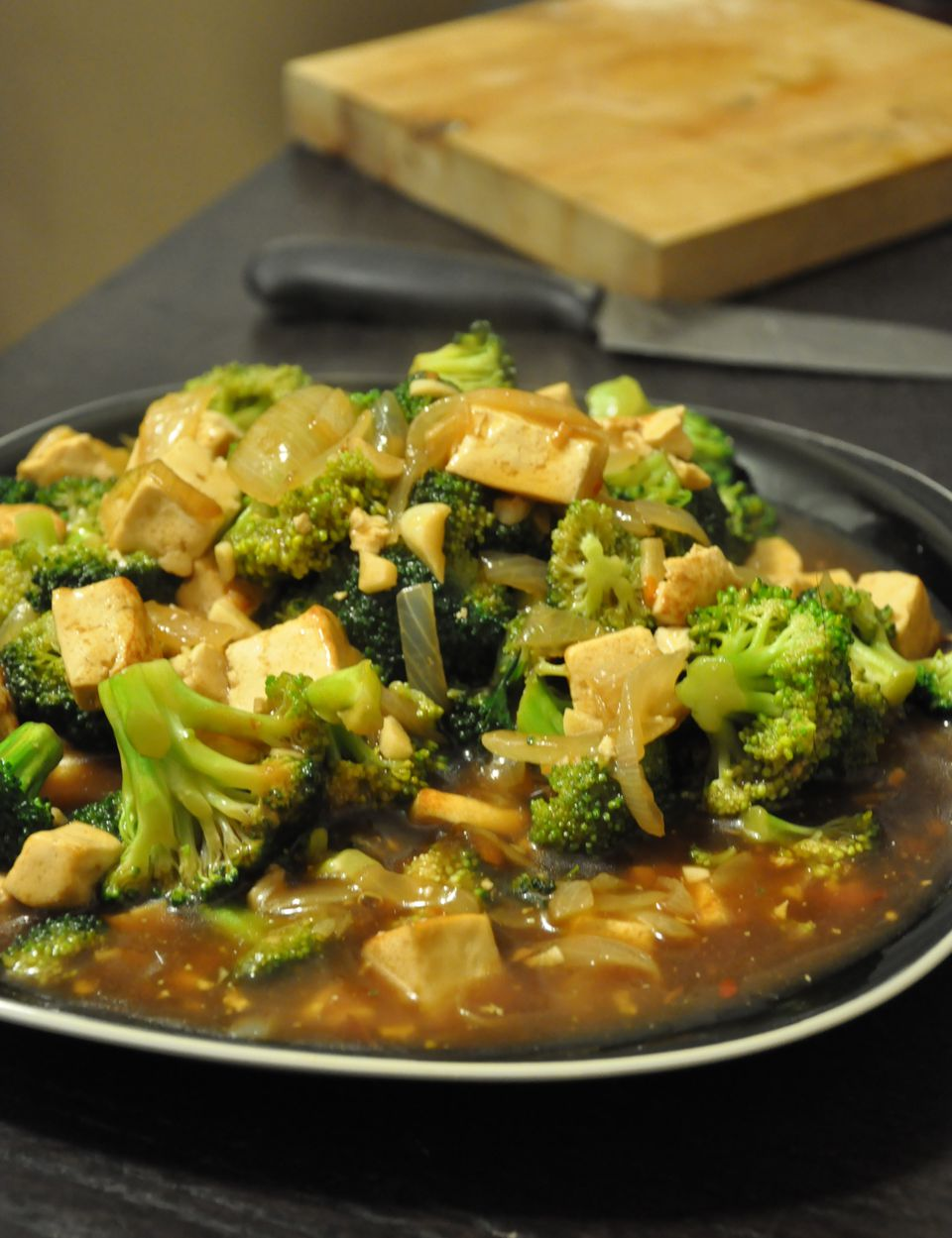 Vegetarian and vegan tofu recipes for breakfast lunch and dinner tofu and broccoli in garlic sauce forumfinder Images