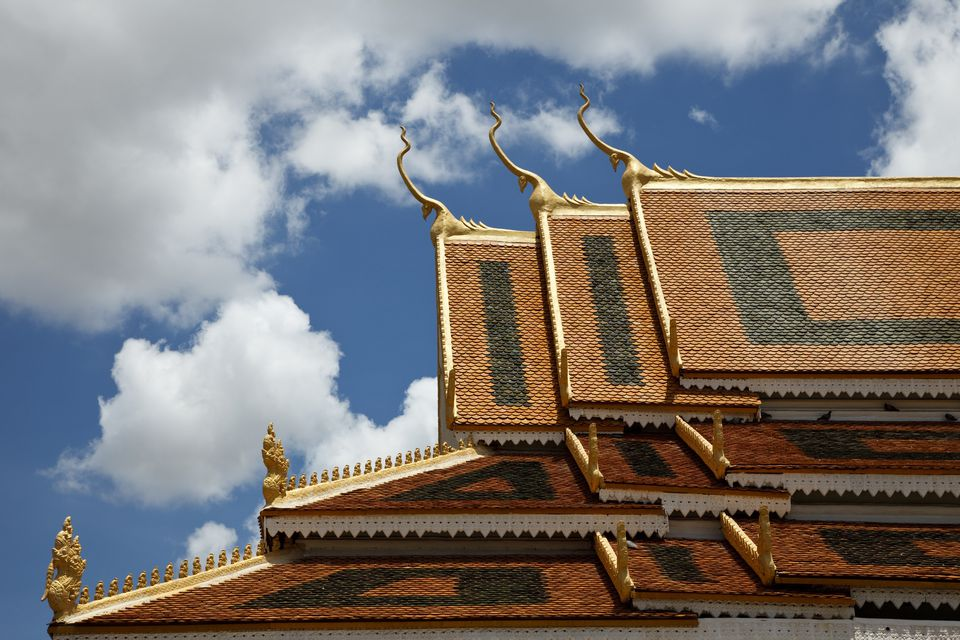 Multi tiered roof of main pagoda of Wat Thmei.