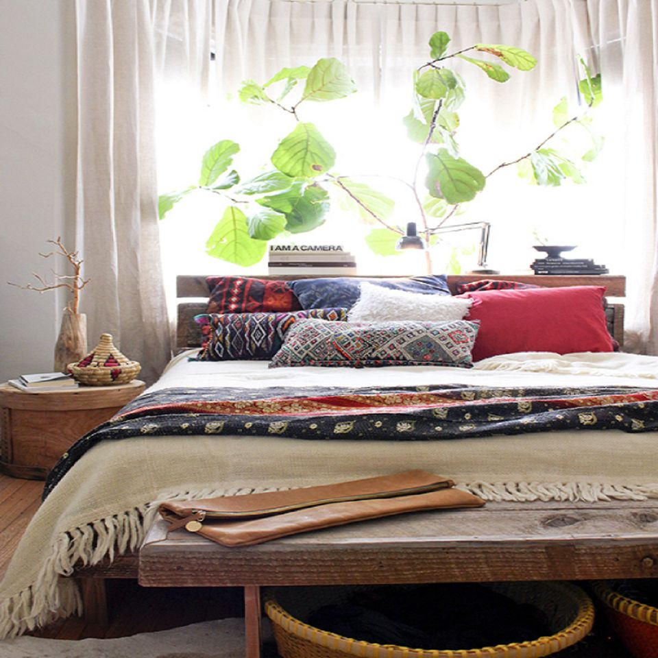 Decorating Dilemma House Plants: Decorating The Bedroom With Plants Or A Botanical Theme