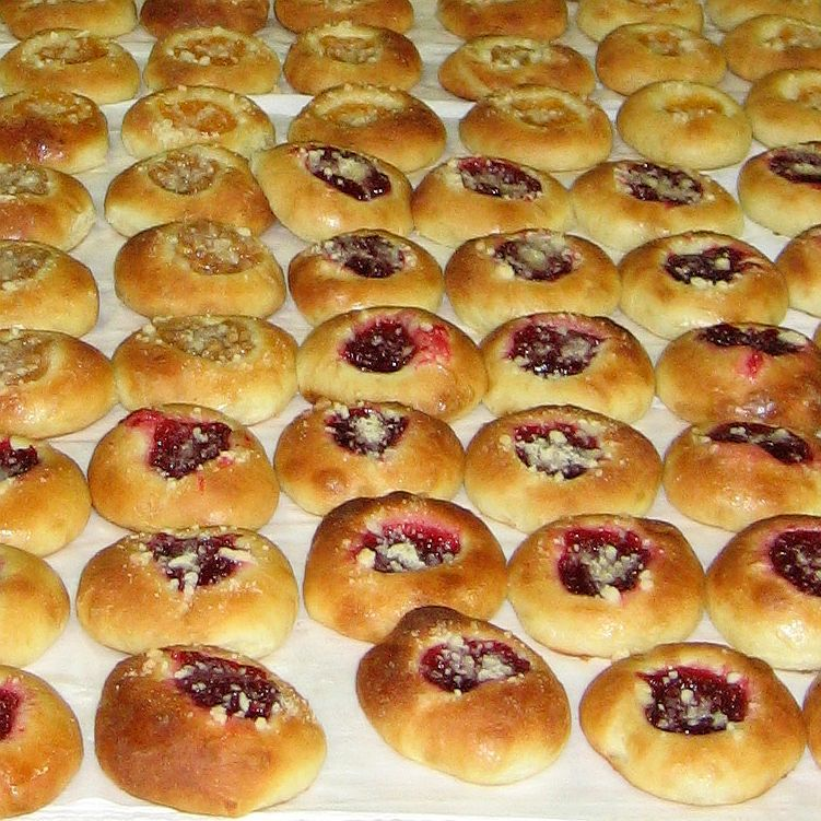 how to make kolaches with biscuit dough