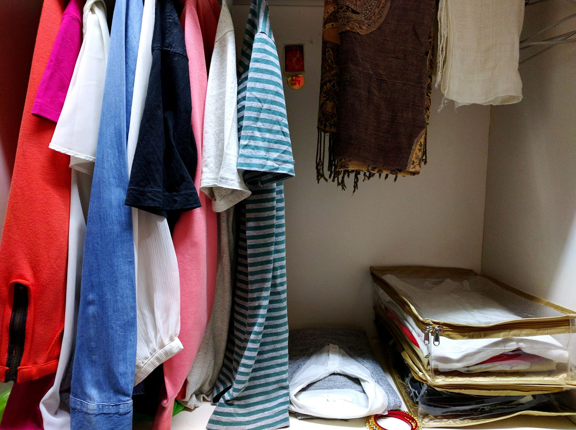 Upgrade your closet with these storage solution ideas - Storage solutions for small closets ...