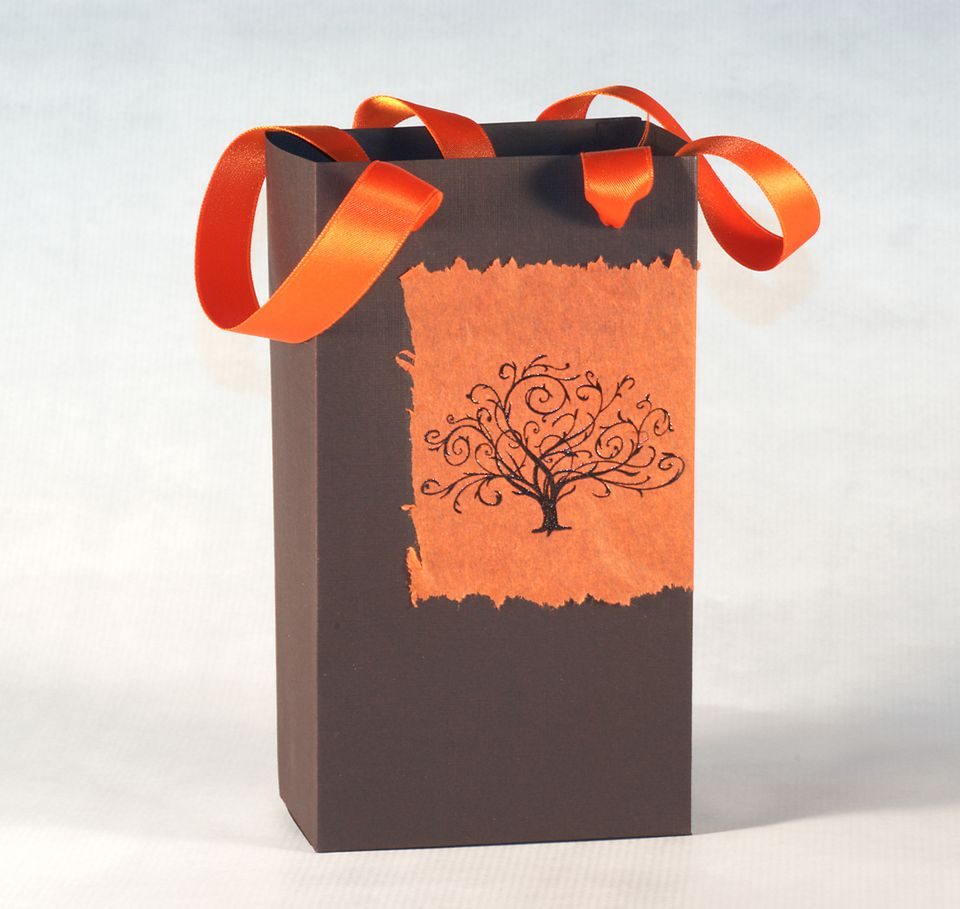Make custom gift bags for your party